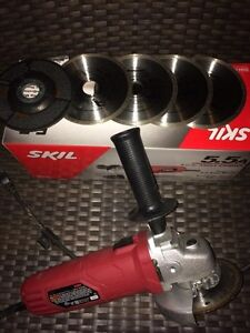 MINT ANGLE GRINDER WITH DIAMOND BLADES