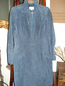 Brand New Ladies Gorgeous Washable Suede Blue 3/4 Coat