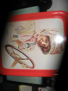 VINTAGE 1972-495 COCA COLA TRAY GIRL IN DUSTER Kingston Kingston Area image 2