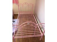 Girls pink single bed