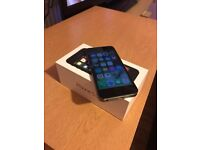iPhone 5s 16GB UNLOCKED SPACE GREY