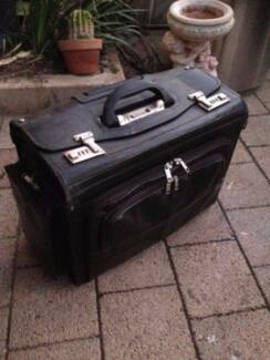 Large Old Black Briefcase Beckenham Gosnells Area Preview