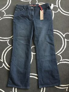Ladies contrast (Reitmans) size 15 jeans  Kitchener / Waterloo Kitchener Area image 1