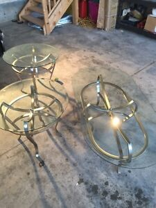 Set of 3 contemporary tables
