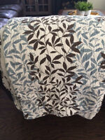Reversible Country Quilt and 2 Shams