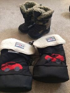 Boys Stonz size medium with liner SOLD and Mexx boots size 4 London Ontario image 1