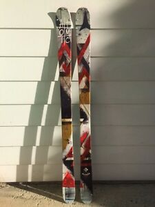 Skis twin tips Atomic Infamous 161 cm