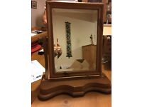 Dressing table mirror in pine