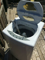 Portable Washer perfect for an apartment or bachelor! Hot/Cold