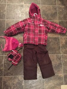 Size 4-5 winter coat, snow pants, toque and mitts