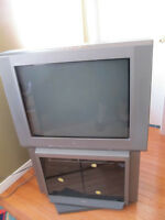 "Sony TV 27"" Excellent quality of picture with stand and DVD+VHS"