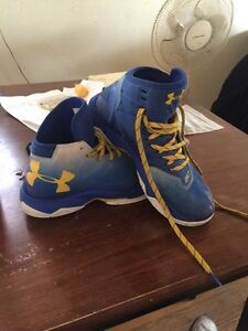Kids size 7y curry 2.5  London Ontario image 2
