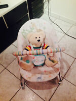 Chaise basse pour bebe / baby low chair