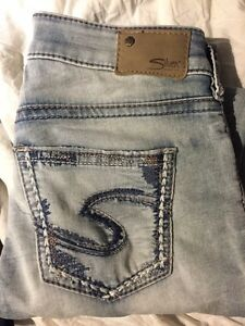 Silver jeans size 28 Cornwall Ontario image 2