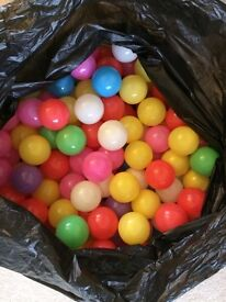 200 ball pit balls - almost new