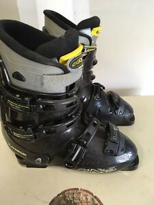 Ski Boots size 28.5 (10-11US)