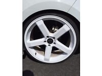 "20"" alloy wheel set been refurbished with gd tyre"