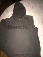BENCH hoodie L- Neuf
