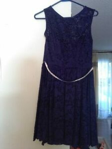 grad dress, navy blue, from agent 99, worn once, fits 4-6