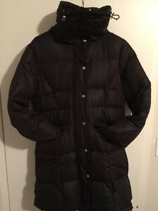 Women's Black Rivet Winter Coat, Jacket Size Large