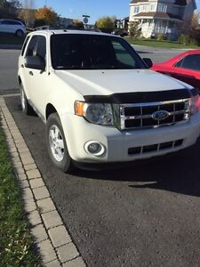 Ford escape XLT 2009 4 Cyl