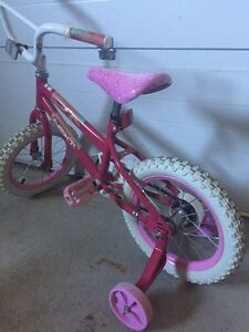 """Girls Bicycle 14"""" tire (age 3-6)"""