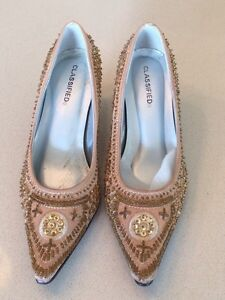 Gorgeous holiday shoes new! Size 7 West Island Greater Montréal image 2