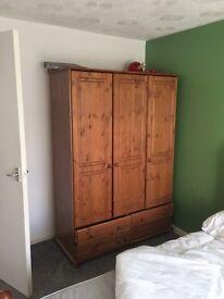 Wardrobe+double bed