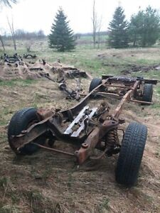 1976 Ford F-250 Rolling Chassis