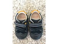 Clarks first shoes - size 3H