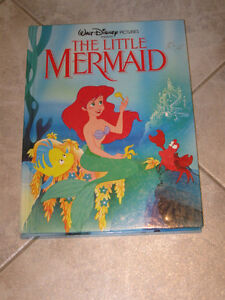 BEAUTIFUL WALT DISNEY BOOK for TOTS...THE LITTLE MERMAID