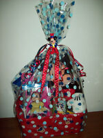 Mickey Mouse & Minnie Mouse Gift Basket