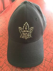 Toronto Maple Leafs fitted cap by Roots - size S London Ontario image 1
