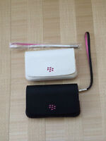 Blackberry leather cases/wristlet – Black/Pink & White/Pink -New