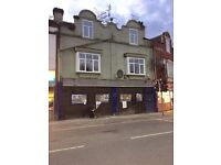 Shop / Retail / Office / Takeaway Unit To Let £800pm Rent