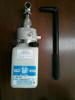 Monarch Hydraulics inc manual pump