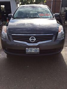 2008  Nissan Altima with winter tires London Ontario image 2