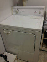 Washer&dryer at $100-- Laveuse&sécheuse à $100