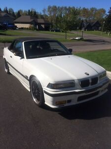 BMW 328i convertible , leather