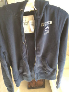 Abercrombie & Fitch Women's navy football hoodie. Super soft! Windsor Region Ontario image 3