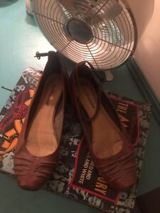 8 pairs of shoes.  Strathcona County Edmonton Area image 1