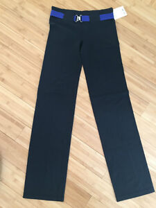 LULULEMON BELT IT OUT PANT BLACK SIZE 6 NWT West Island Greater Montréal image 4