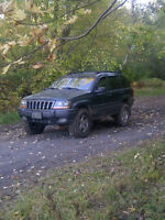 2001 Jeep Grand Cherokee SUV, Crossover