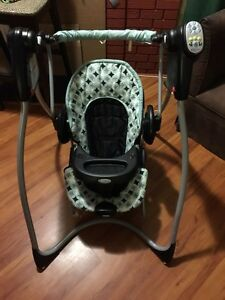 Graco 2in1 swing and bouncer