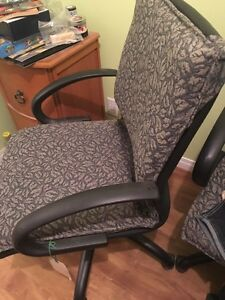 Office chairs CAN DELIVER