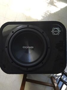 "12"" kenwood subwoofer in bassworx ported box"