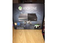XBOX ONE 1TB Halo 5 Guardians limited Edition