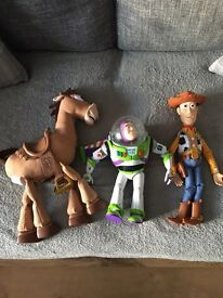 Toy story talking characters