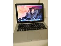 Macbook pro 13 2011 model i5, 8gb Ram, 500GB HDD