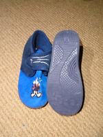 SHOES KIDS  Kids Home Shoes – new , never worm  5$